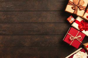 Kerstpakketten en goede doelen